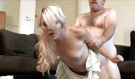 كبير الثدي مشاهدة فيلم جنس عربي تيفاني مارس الجنس