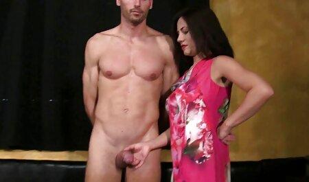 هناك الديك سوداء كبيرة افلام جنس فيديو في بلدها الحمار