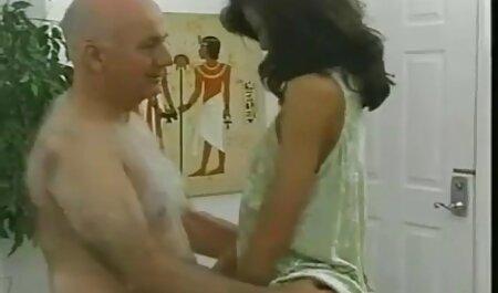 Davalka افلام جنس مدبلجة التدخين.