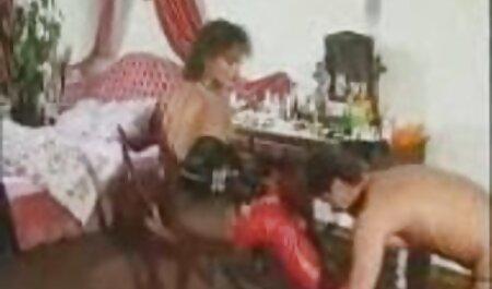 سيدة افلام جنس خليجي لينا هو أحد الهواة.